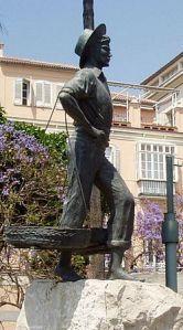 250px-Estatua-cenachero-malaga