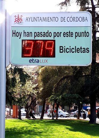 Contador de bicis en Avda. Conde Vallellano de Córdoba